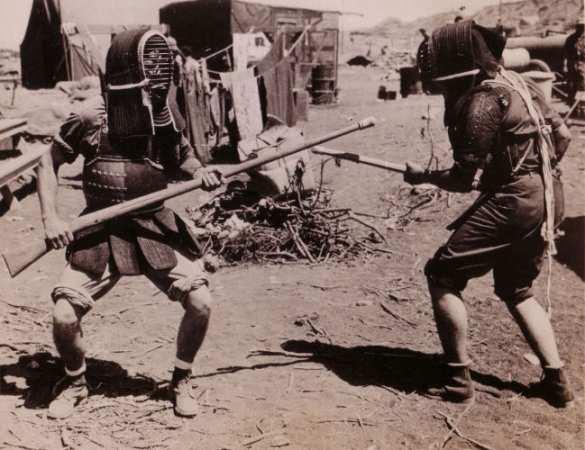 Jukendo, o treinamento de baioneta acomplado aos rilfes.