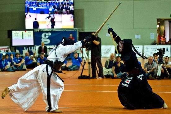Japão vs Coreia do Sul: rivalidade acirrada.