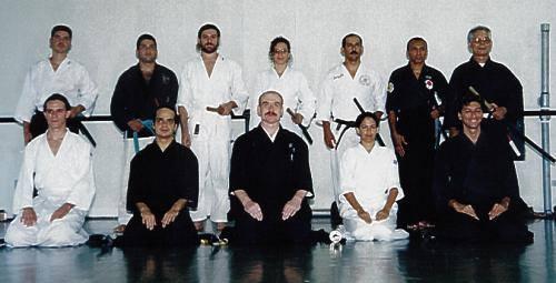 Sensei Gavin Threipland, em Recife (1999).